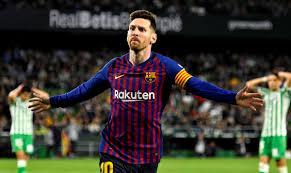 o Messi δίνει ρεσιτάλ και με το χαρτί υγείας